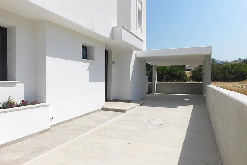 Modern villa for rent long term in Tala34
