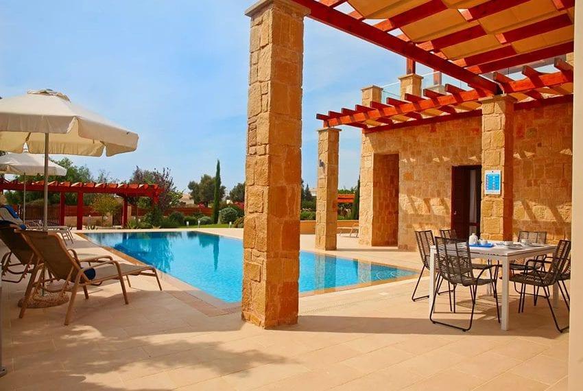 For rent luxury 3 bedroom villa at Aphrodite Hills Cyprus02