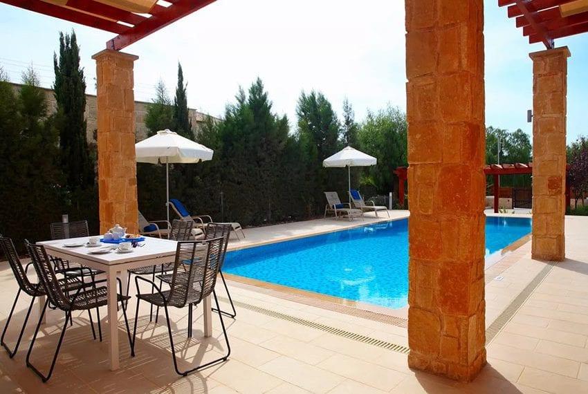 For rent luxury 3 bedroom villa at Aphrodite Hills Cyprus03