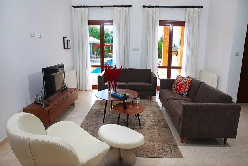 For rent luxury 3 bedroom villa at Aphrodite Hills Cyprus04