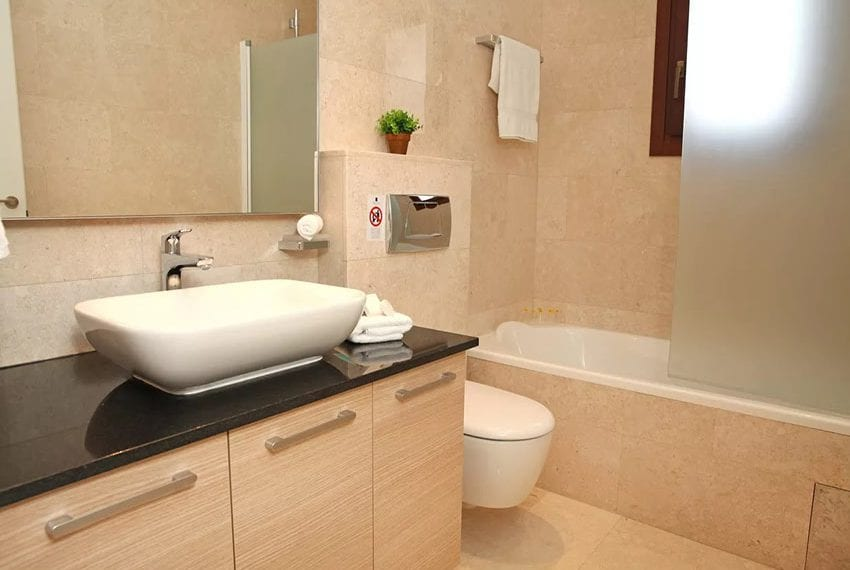 For rent luxury 3 bedroom villa at Aphrodite Hills Cyprus12