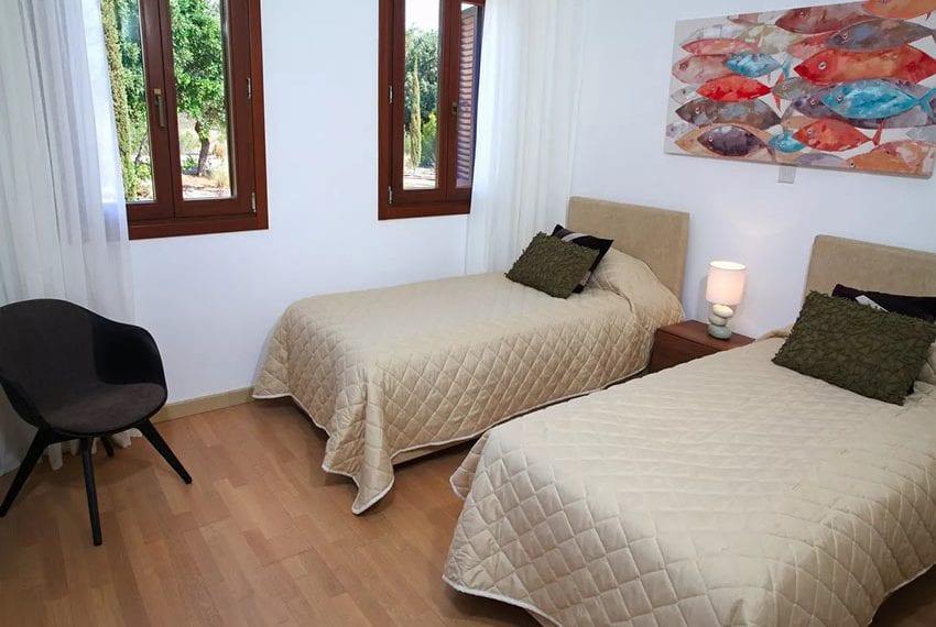 For rent luxury 3 bedroom villa at Aphrodite Hills Cyprus17