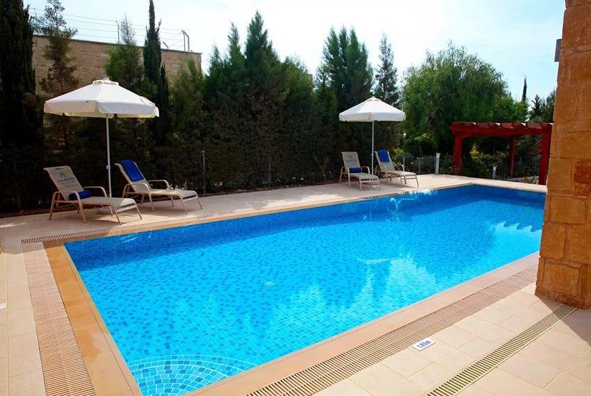 For rent luxury 3 bedroom villa at Aphrodite Hills Cyprus19