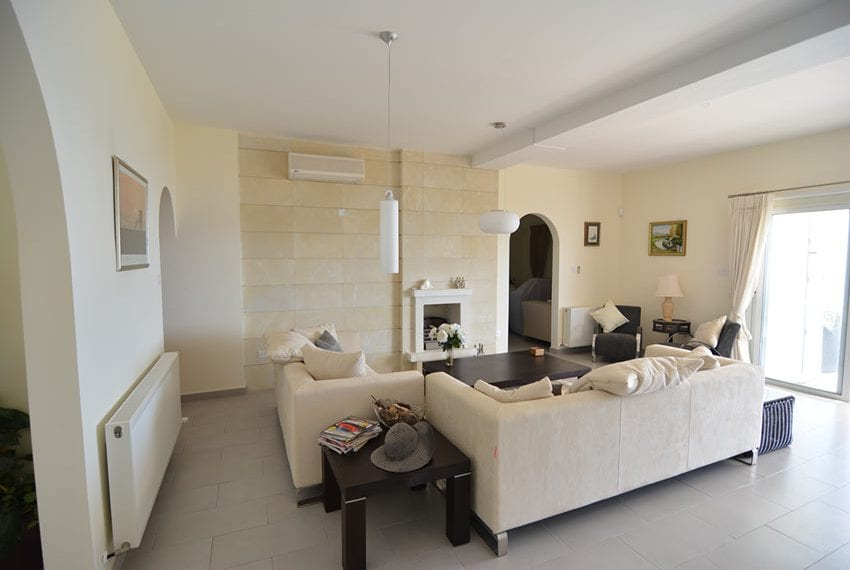 Villas for sale with sea views Cypru Latchi02