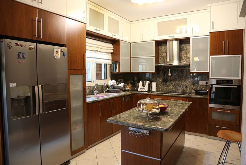 6 bed house for sale in Limassol center05