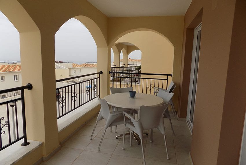 Club St George 2 bed apartment for rent02