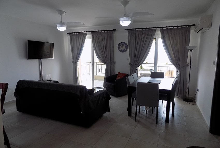 Club St George 2 bed apartment for rent06