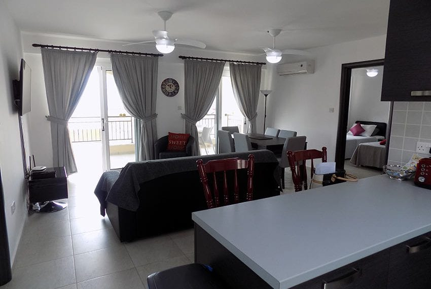 Club St George 2 bed apartment for rent07