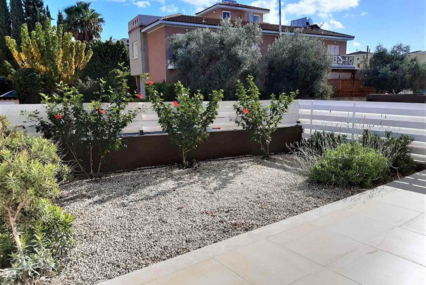 Ground floor apartment for sale in Kato Paphos08