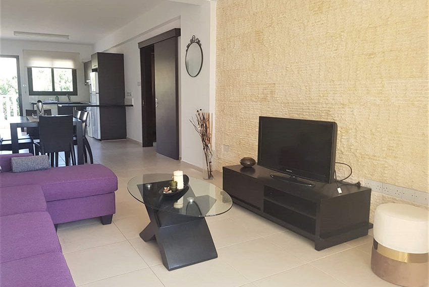 Top floor apartment for sale in Peyia Cyprus06