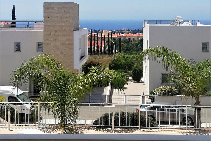 Top floor apartment for sale in Peyia Cyprus08