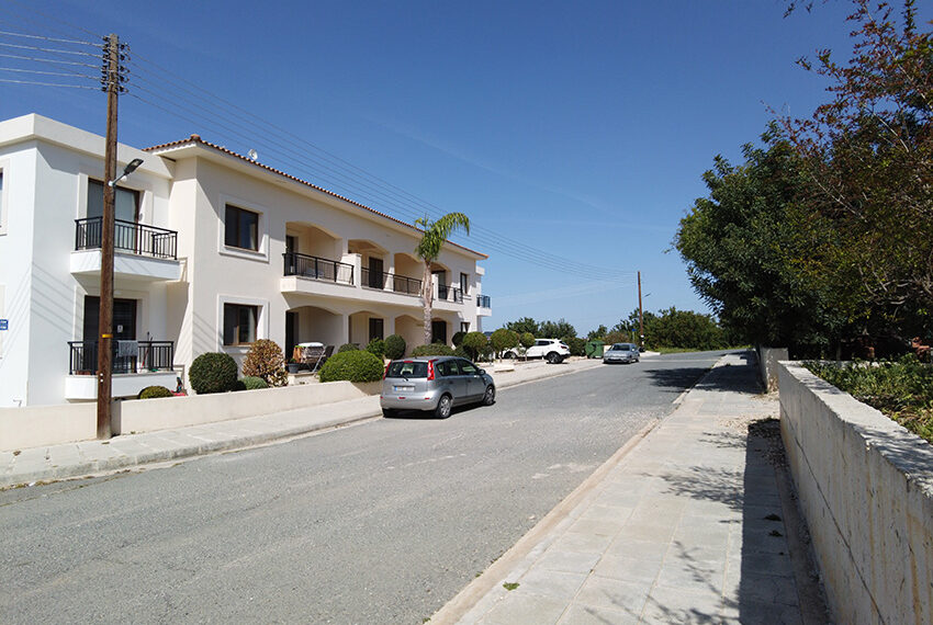2 bedroom apartment for rent long term in Tala