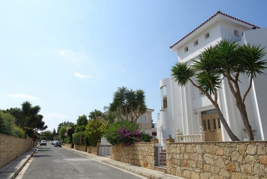Luxury 4 bed villa for rent in Akamas 06