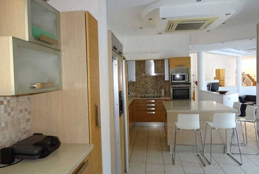 Luxury 4 bed villa for rent in Akamas 14