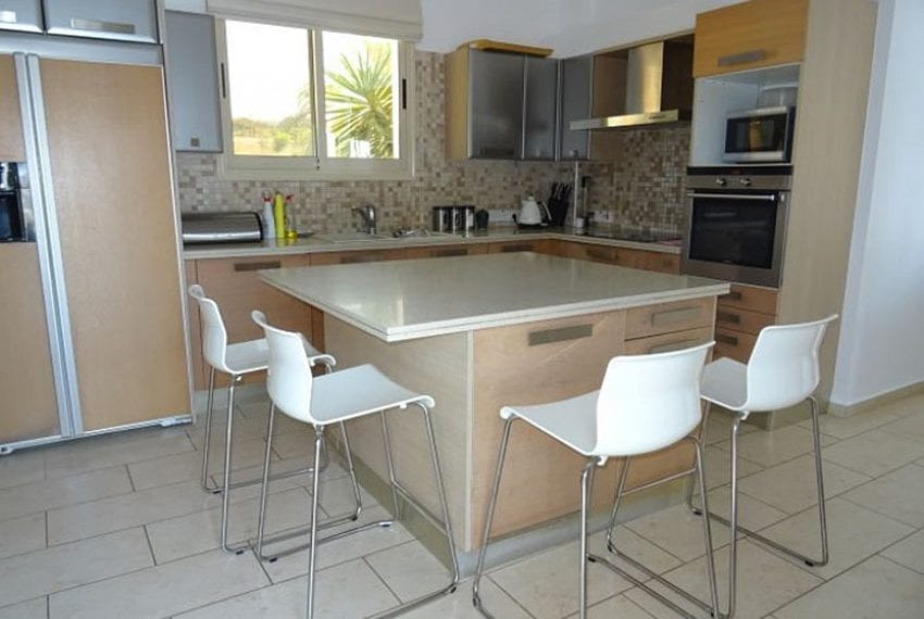 Luxury 4 bed villa for rent in Akamas 15