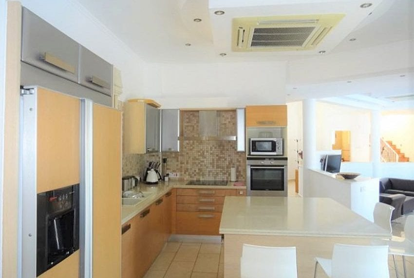 Luxury 4 bed villa for rent in Akamas 16
