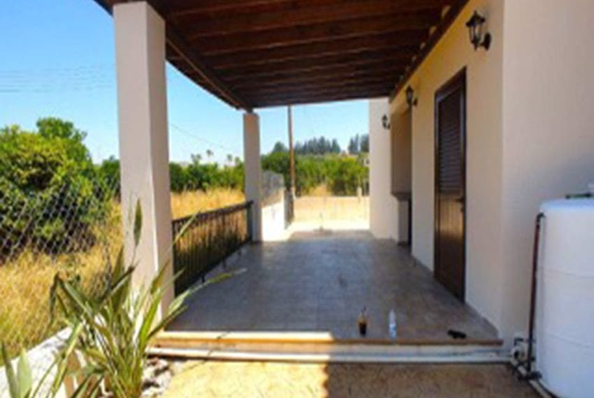 3 bed villa with central heating for rent in Mandria02