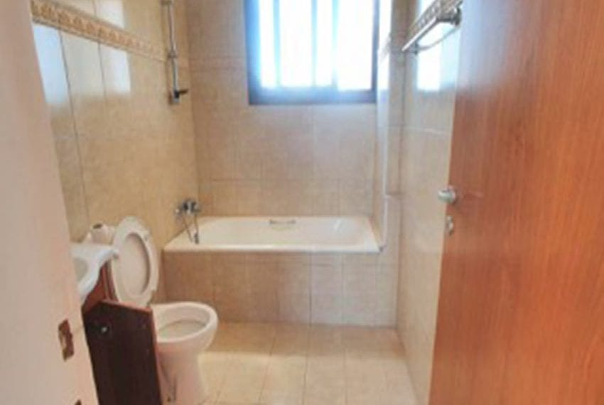 3 bed villa with central heating for rent in Mandria09