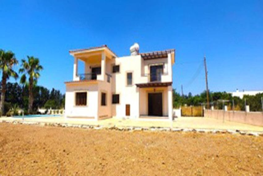3 bed villa with central heating for rent in Mandria11