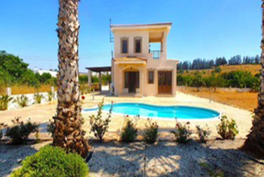 3 bed villa with central heating for rent in Mandria12