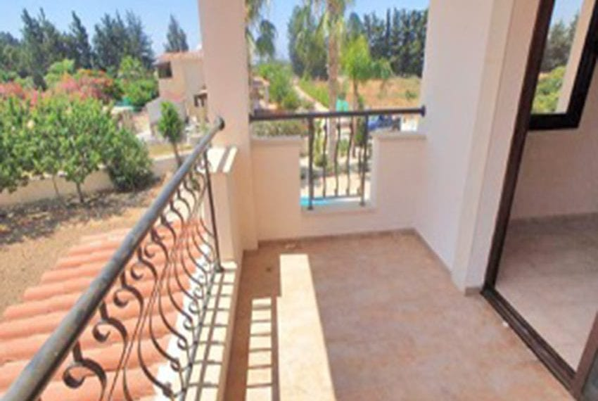 3 bed villa with central heating for rent in Mandria16