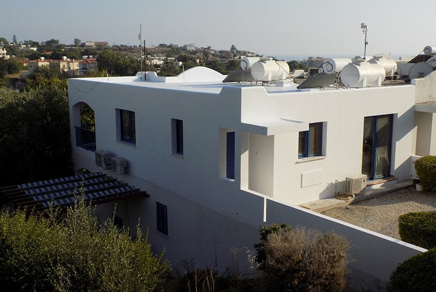 Renovated 2 bedroom apartment for sale Paphos01
