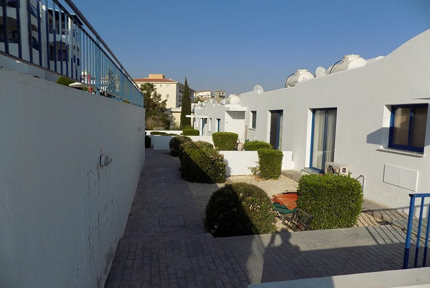 Renovated 2 bedroom apartment for sale Paphos05
