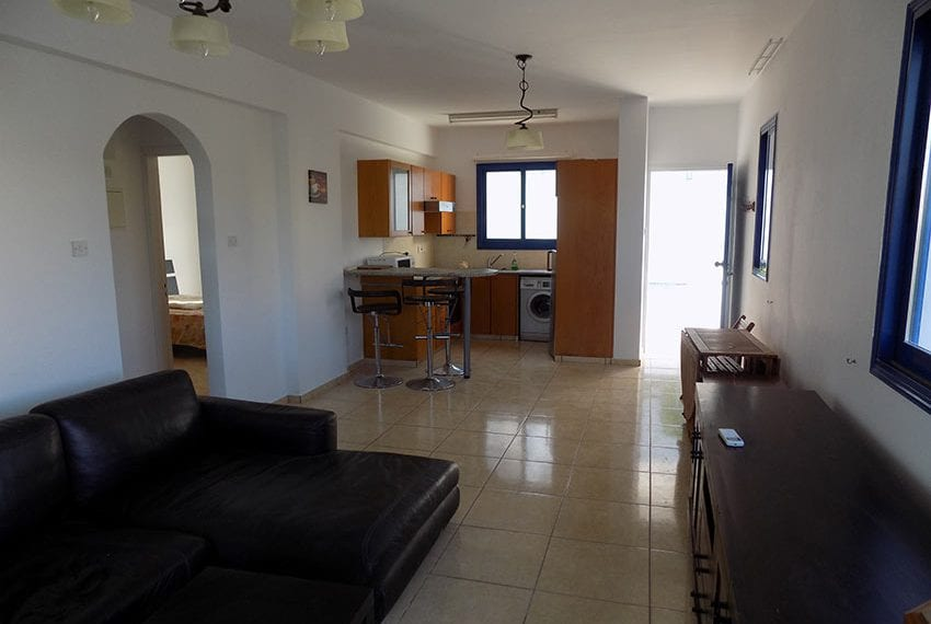 Renovated 2 bedroom apartment for sale Paphos07