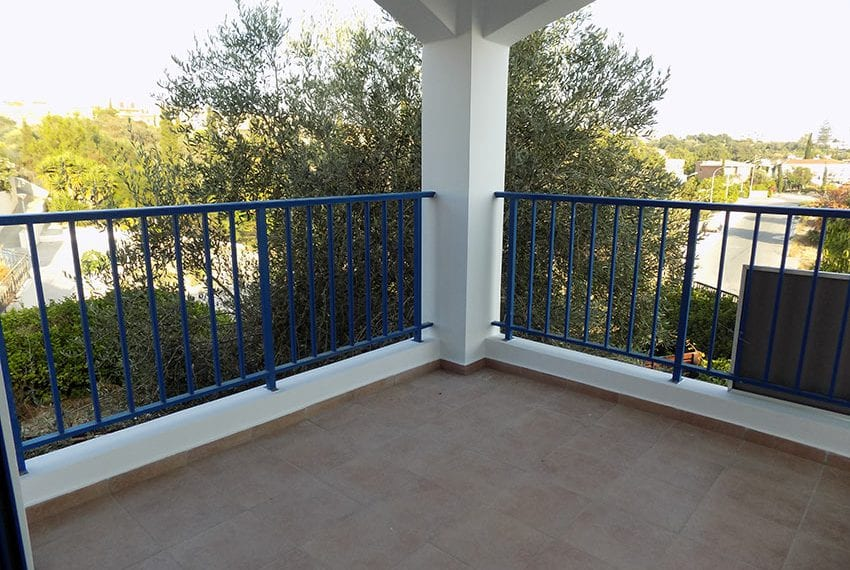 Renovated 2 bedroom apartment for sale Paphos15