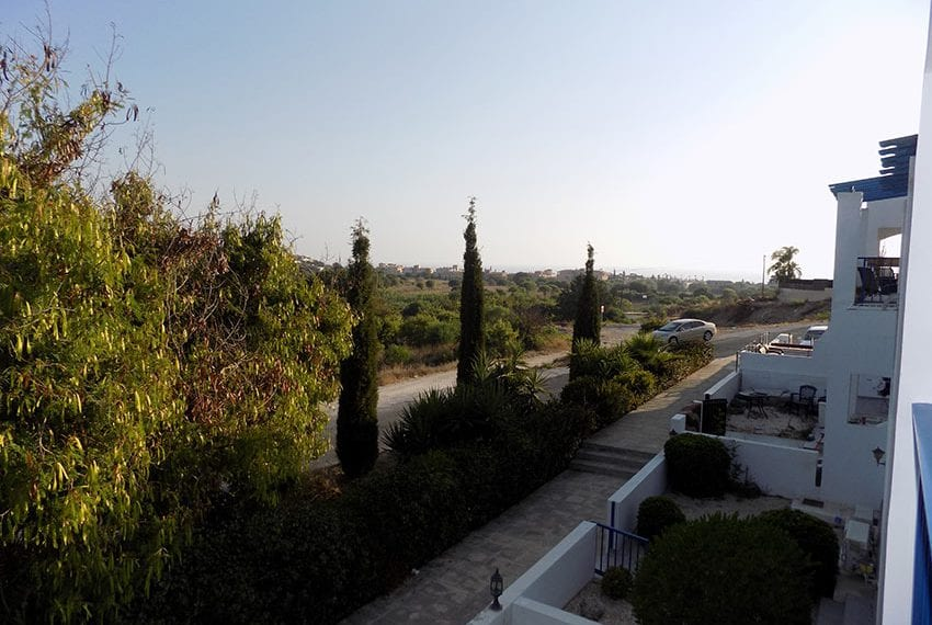 Renovated 2 bedroom apartment for sale Paphos17