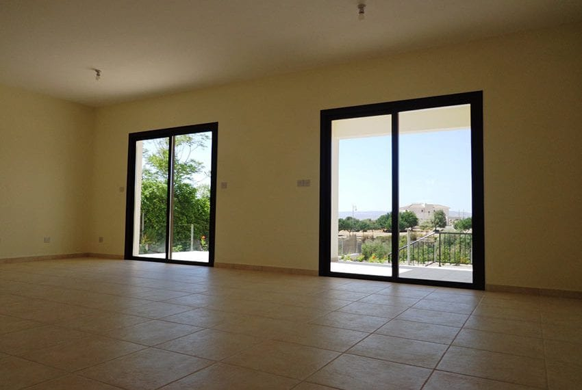 Villa for rent long term in Venus Rock Paphos03