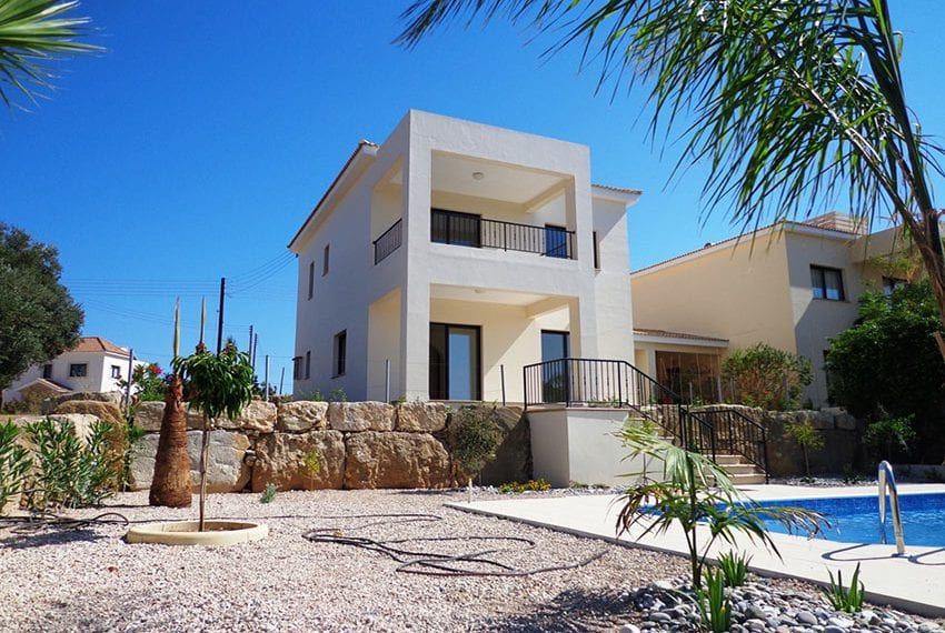 Villa for rent long term in Venus Rock Paphos16