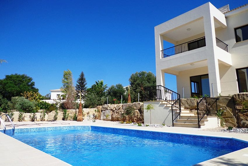 Villa for rent long term in Venus Rock Paphos18