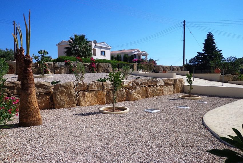 Villa for rent long term in Venus Rock Paphos20