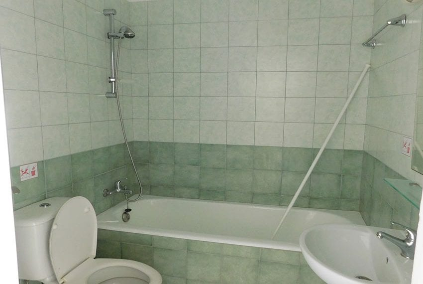 2-bedroom-apartment-for-sale-in-Kato-Paphos-Cyprus06