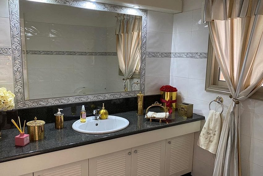 6 bedroom house sale Limassol outskirts04