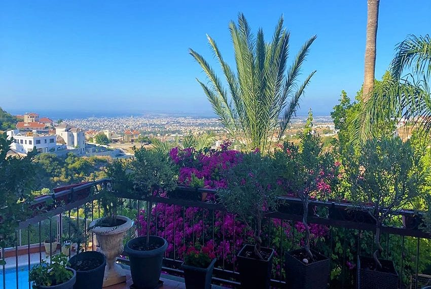 6 bedroom house sale Limassol outskirts10