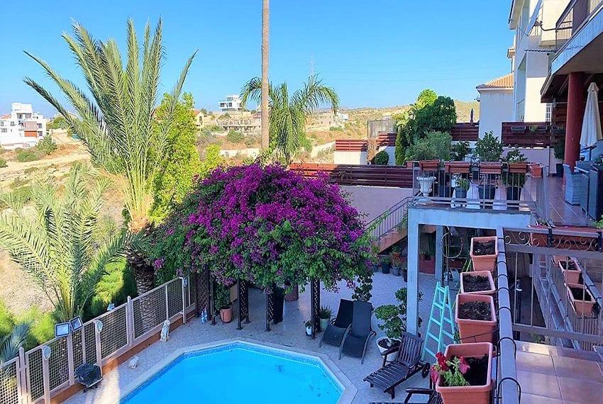 6 bedroom house sale Limassol outskirts11