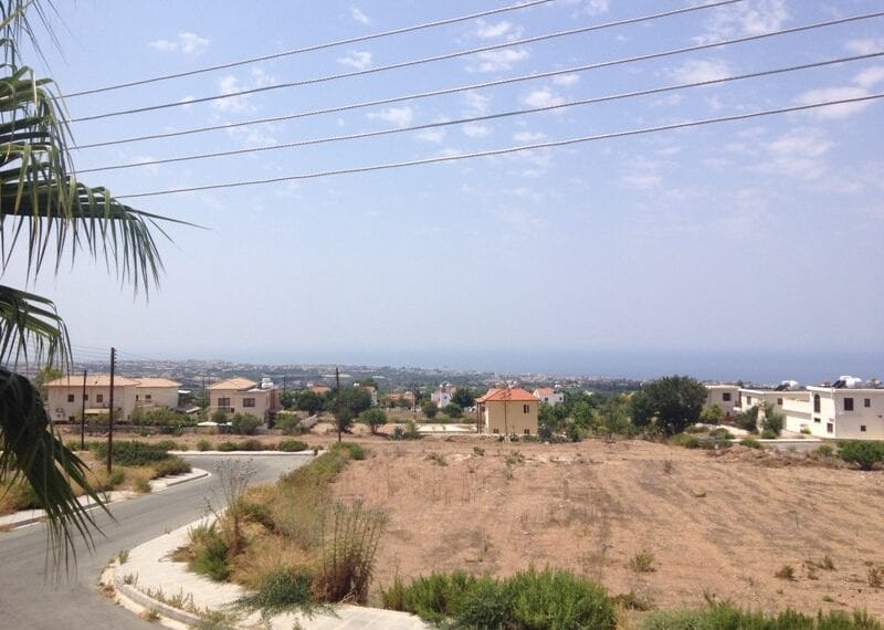 2 bedroom apartment for rent long term in Tala01