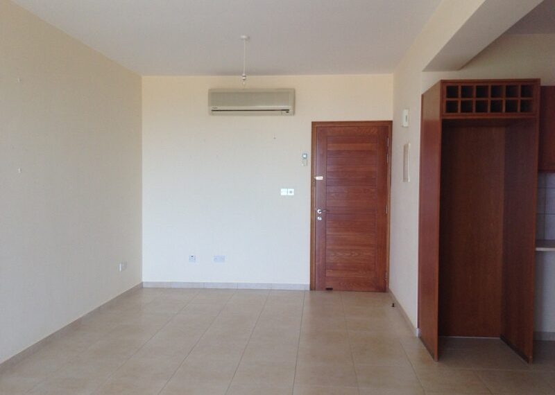 2 bedroom apartment for rent long term in Tala03