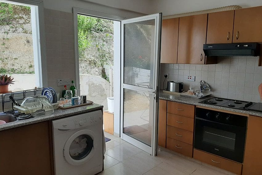 2-bedroom-townhouse-for-rent-long-term-Peyia-Cyprus04