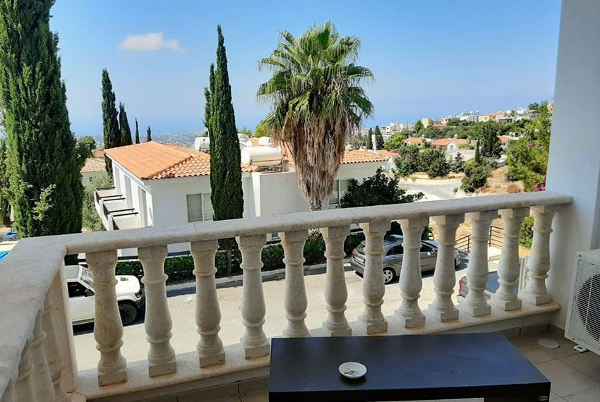 2-bedroom-townhouse-for-rent-long-term-Peyia-Cyprus01