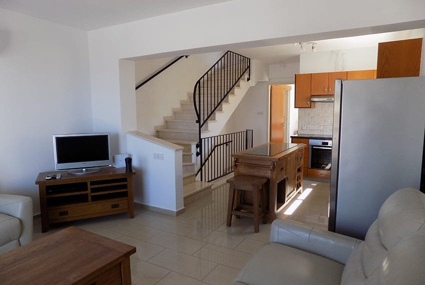 3 bed detached villa with private pool for rent Peyia16