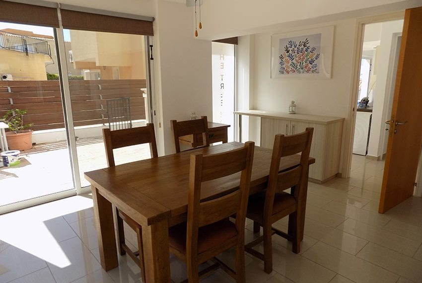 3 bed detached villa with private pool for rent Peyia06