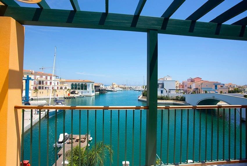 2 bedroom villa for rent in Limassol marina11