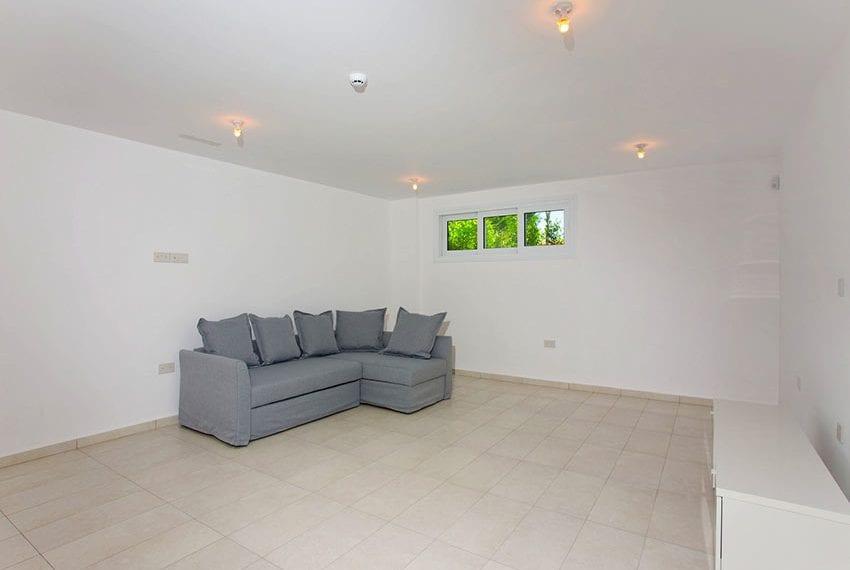 2 bedroom villa for rent in Limassol marina06