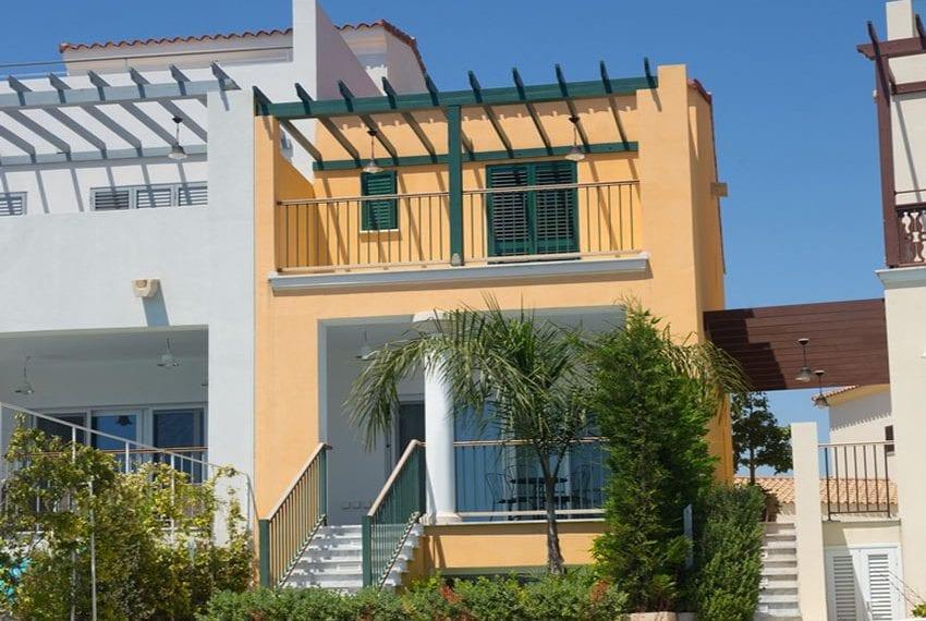 2 bedroom villa for rent in Limassol marina01