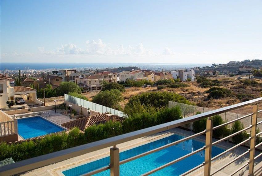 Luxury villa for sale in Limassol Sfalaggiotissa Area02