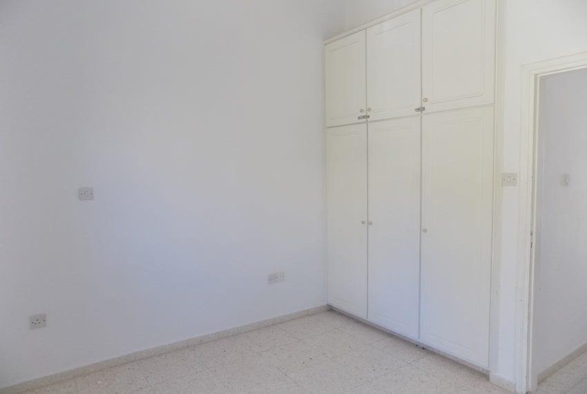 2 bedroom 2 bathroom townhouse for rent in upper Peyia21
