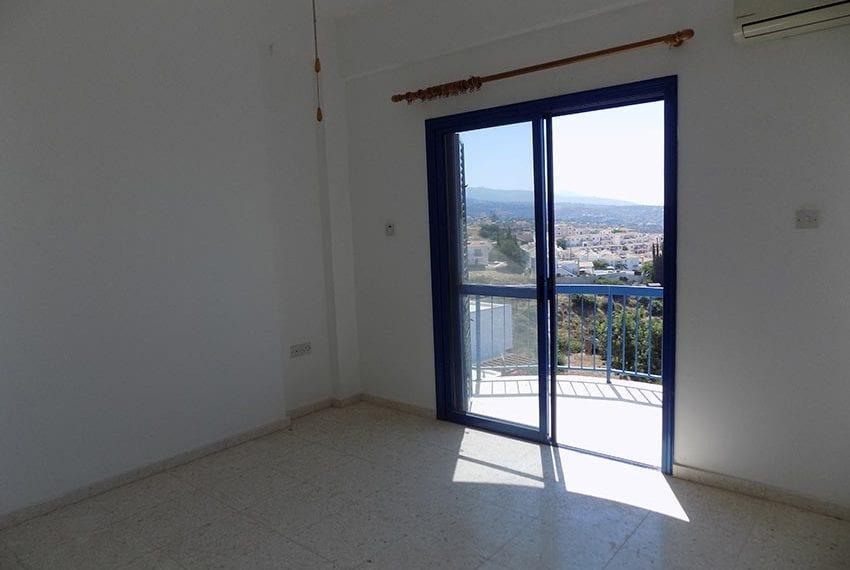 2 bedroom 2 bathroom townhouse for rent in upper Peyia18
